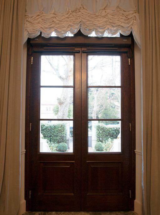 Porta finestra in legno installata da 3P Infissi